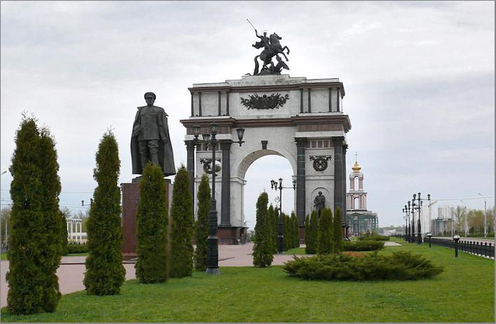 Мемориальный комплекс с крестом Курская Эконом памятник Волна в камне Мглин